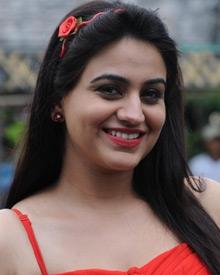 அக்ஷா பர்டசனி