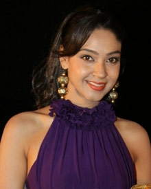 அங்கனா ராய்