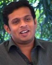 ദീപു കരുണാകരന്