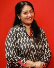 തെസ്നി ഖാന്