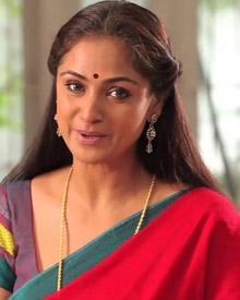வந்ததும் வராததும் சிவா கார்த்திகேயனுக்கு வில்லியான சிம்ரன் !!!