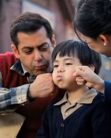 Salman & Martin Are At Their Cutest Best In Tubelight's New Stills