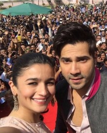 Varun & Alia On A Promotional Spree Of 'Badrinath Ki Dulhania'