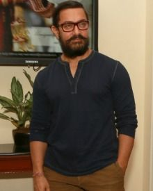 Aamir Khan Promotes Dangal At New Delhi
