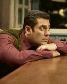 Salman Khan Looks Innocent In The New Still From Tubelight