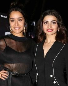 Shraddha & Prachi During The Trailer Launch Of Rock On 2