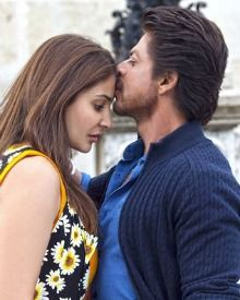 SRK & Anushka Are Very Emotional In Hawayein, SEE PICS