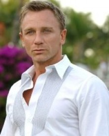 Daniel Craig Biography...