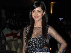 Meera Chopra Not Comfortable With Intimate Scenes!