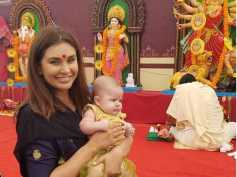 Lisa Ray Attends Durga Puja With Her Twins In Hong Kong! View Pictures