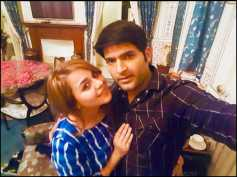 Kapil Sharma Has The Most Romantic Message For Fiance Ginni For Her Birthday; To Be Seen On KBC 10!