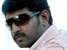 Arun Vijay goes the 'Parkour' way