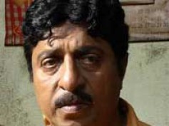 Sreenivasan forsakes his eye sight