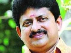 Bharya Onnu Makkal Moonnu: A family drama