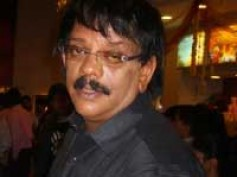 Best director award for Priyadarshan!