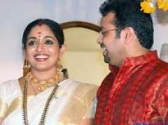 Kavya Madhavan's nude Pooja led her to split
