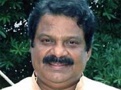 Comedian Dharmavarapu turns hero
