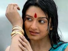 Vimala Raman haunted by Nagavalli's spirit