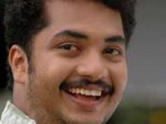 Vinu Mohan chucks out Mukesh from Chattambinadu