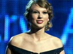 Taylor Swift, Kings of Leon sweep Grammy Awards