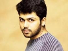Karthi enthralls Telugu audience