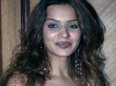 Aashka Goradia all set to make stage debut