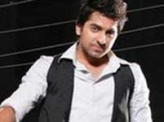 My father's name isn't Rishi Kapoor: Ayushmann