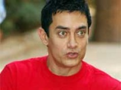Aamir interested in Darsheel's new Release
