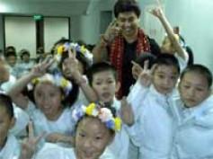 Jackie Chan appreciates ex Indian Idol contestant