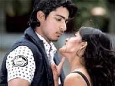 Shankar releases Aridhu Aridhu audio
