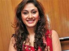 Manjari's Tamil song gets good response