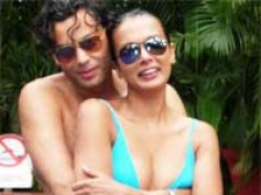 Shocking photos of Viveka-Gautham exposed