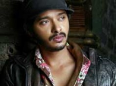 Actor Shreyas turns producer