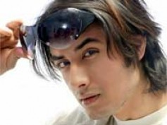 Ali Zafar roped in for next YRF production