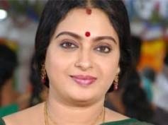 Actress Seetha weds TV actor Sathish