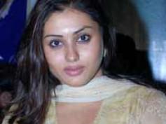 Namitha returns to Kannada with Namitha I Love You