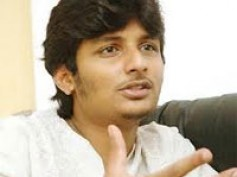 Jeeva coming up with diverse roles!