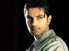 Ashmit Patel is most favourite among women in Bigg Boss 4