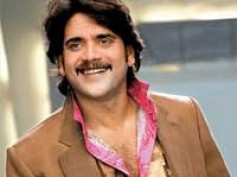 Nagarjuna walks out from Ajith's project