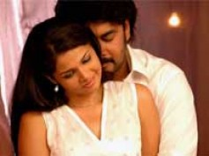 Anuya-Sundar share longest lip lock
