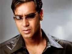 Ajay serving legal notice to London Dreams makers?