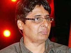 Vashu Bhagnani takes F.A.L.T.U the digital way