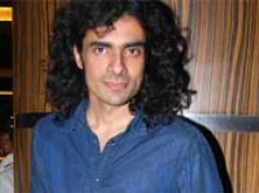Imtiaz Ali showers praises on Teen Maar