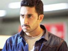Abhishek's cop act steals the show in Dum Maaro Dum