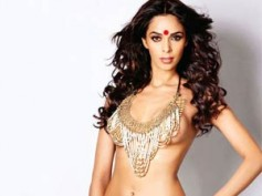 Mallika Sherawat sizzles in bikini top again