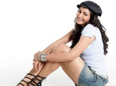 Ragini Dwivedi teaming up with Yogish in Bangari