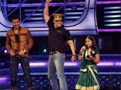 Salman Khan promotes Bodyguard in Dabangg style