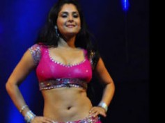 Ramya to flaunt her curves again for an item song
