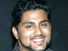 Ambareesh's fans ransack Lankesh Patrike office
