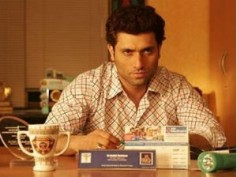 Shiney Ahuja takes legal action against Micromax mobile ad